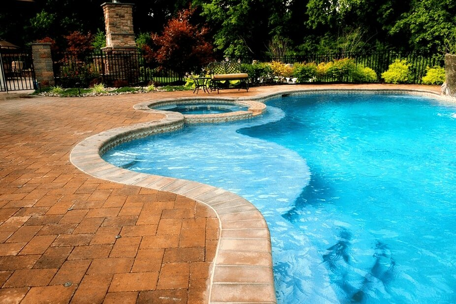 Freeform Pool and Spa by Anthony and Sylvan Pools